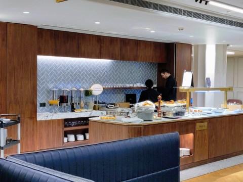 Qantas Lounge Buffet