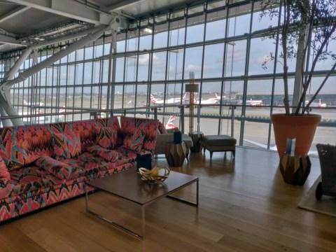 Concorde Room Crazy Couch