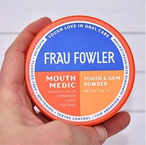 Frau Fowler Mouth Medic Tooth Powder