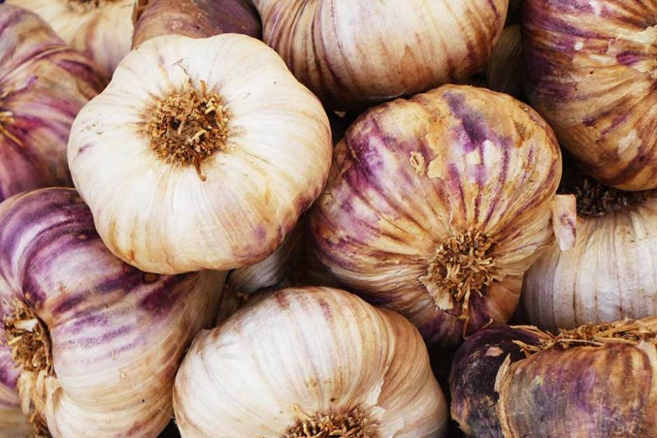 5 Health Benefits of Garlic, Nick Fewings, Unsplash