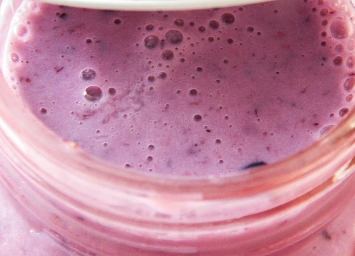 DSCN3053 - Recette #4 : Smoothie aux fruits rouges et protéine vanille (FoodSpring)