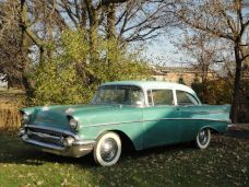 1957 Chevy Green (33)