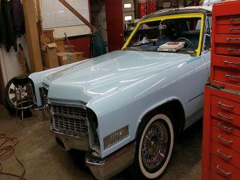 Bluella 1966 Cadillac 800x600 (24)