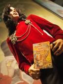 Nah lo, Michael Jackson jg baca HKD :D