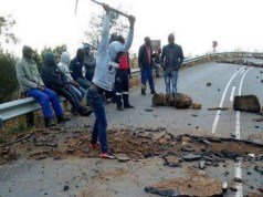 Pictures showing protest activity in Pomeroy, KwaZulu-Natal, were being shared on social media on Tuesday, as frustrations over water and electricity boiled over. Image: Supplied
