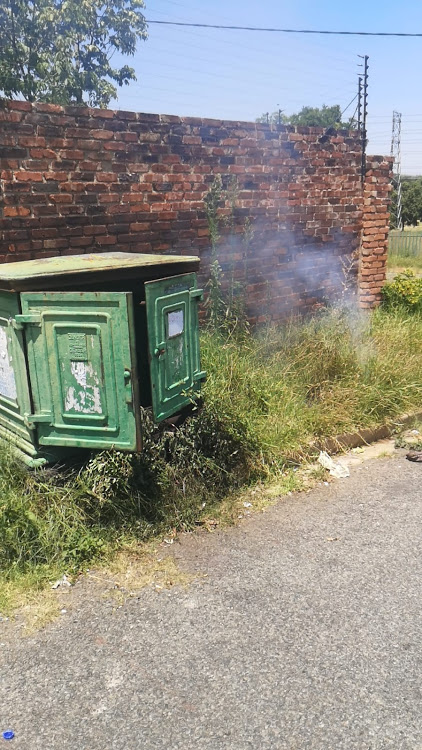A mini-substation caught fire after a suspected cable thief allegedly tampered with it, leaving the East Town area without power. Image: Twitter @CityPowerJhb
