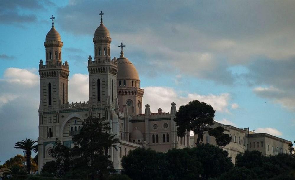Wilaya dAnnaba basilique saint augustin | Les Wilayas d'Algérie sur le Guide & Annuaire des loisirs, évasion et tourisme Algerie