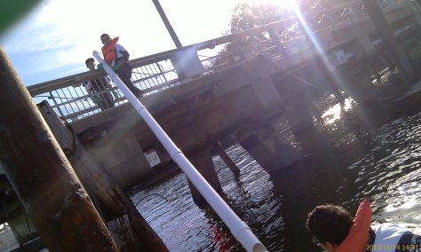 On November 14th, we successfully installed our water quality sonde PVC enclosure by our Ecodock in collaboration with the Vessel Operations program of study team.
