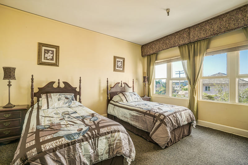 Deluxe accommodations at HarborView Senior Assisted Living