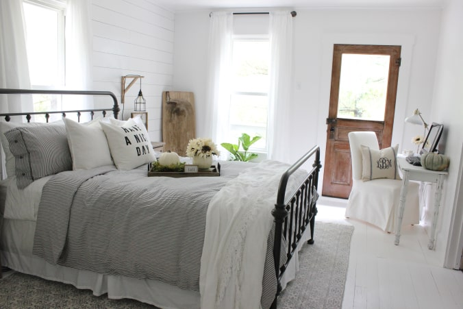 Modern Farmhouse Bedrooms