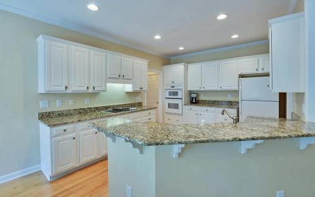 3536-wake-run-court-large-010-15-kitchen-1500x938-72dpi