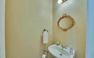 3536-wake-run-court-large-019-20-powder-room-1500x938-72dpi