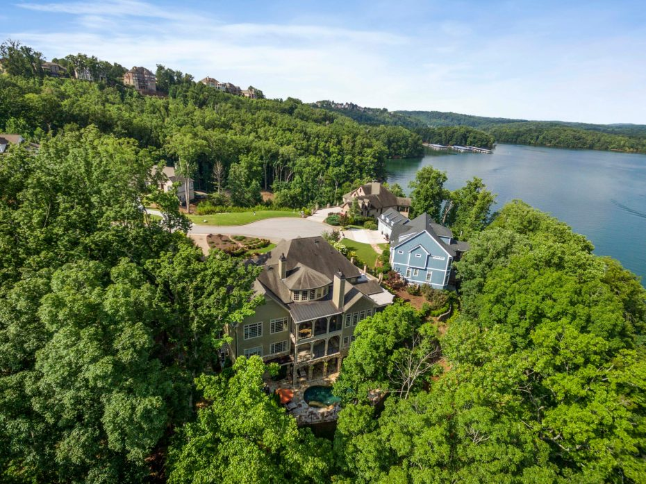 3766 Harbour Landing Drive in Harbour Point on Lake Lanier