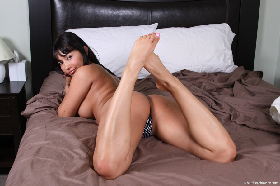 Lana Lopez  Gets Home And Gets Off  hardcorefootsexcom