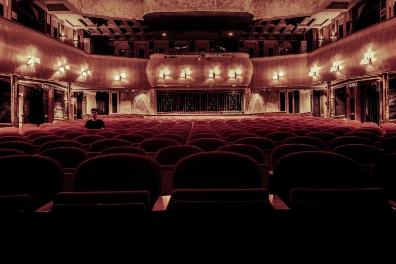architecture-auditorium-chairs-109669.jpg