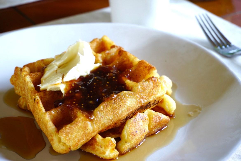 Delicious Ricotta and Polenta Waffles