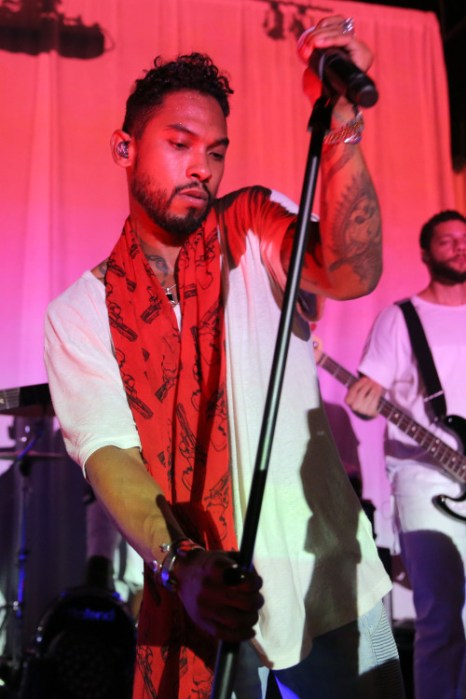 LOS ANGELES, CA - JULY 13:  Singer-Songwriter Miguel performs onstage during the SONOS Studio + PANDORA: An Evening With Miguel on July 13, 2015 in Los Angeles, California.  (Photo by Chelsea Lauren/Getty Images for Pandora)