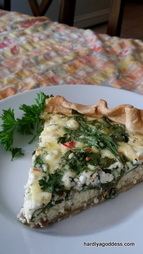 Quick & Easy vegetarian quiche | Hardly A Goddess