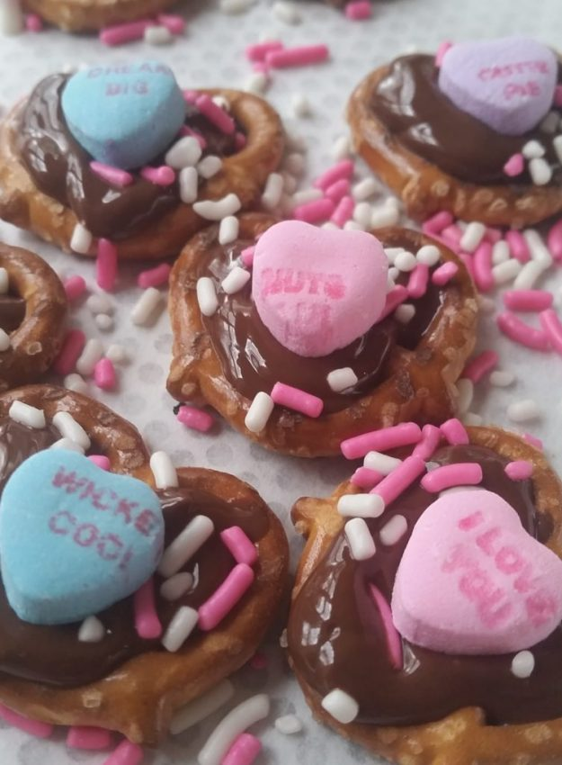Chocolate Pretzel Hearts