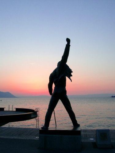 Freddie Mercury statue in Montreux,Switzerland