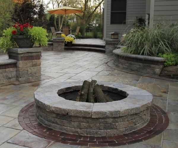 michigan's landscaping brick paving