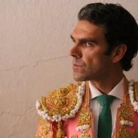 """Carlos Herrera a José Tomás: """"Menos 'Globetrotters', más torear y no creerse la última Coca-Cola del desierto""""."""