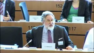 Free Software : Eben Moglen on GPL license at EU Parliament