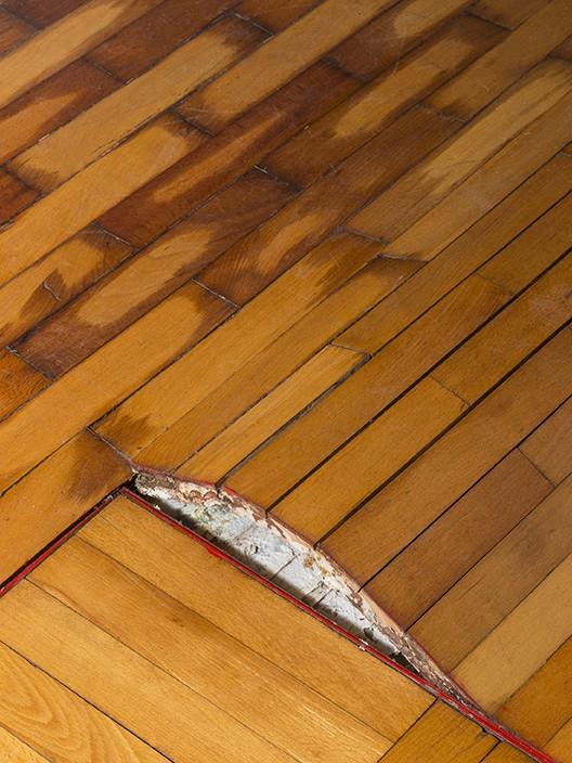 Why Flooring Installers Need to Measure Moisture Content in Wood Subflooring  Hardwood Floors