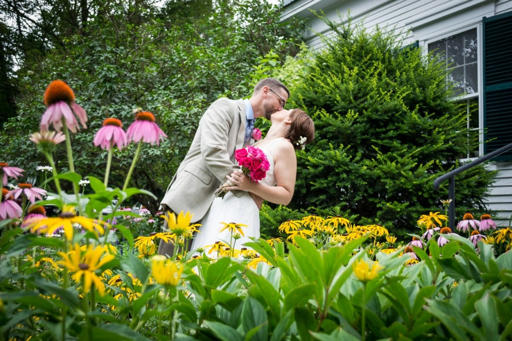 hardy-farm-maine-wedding-brideandgroom3