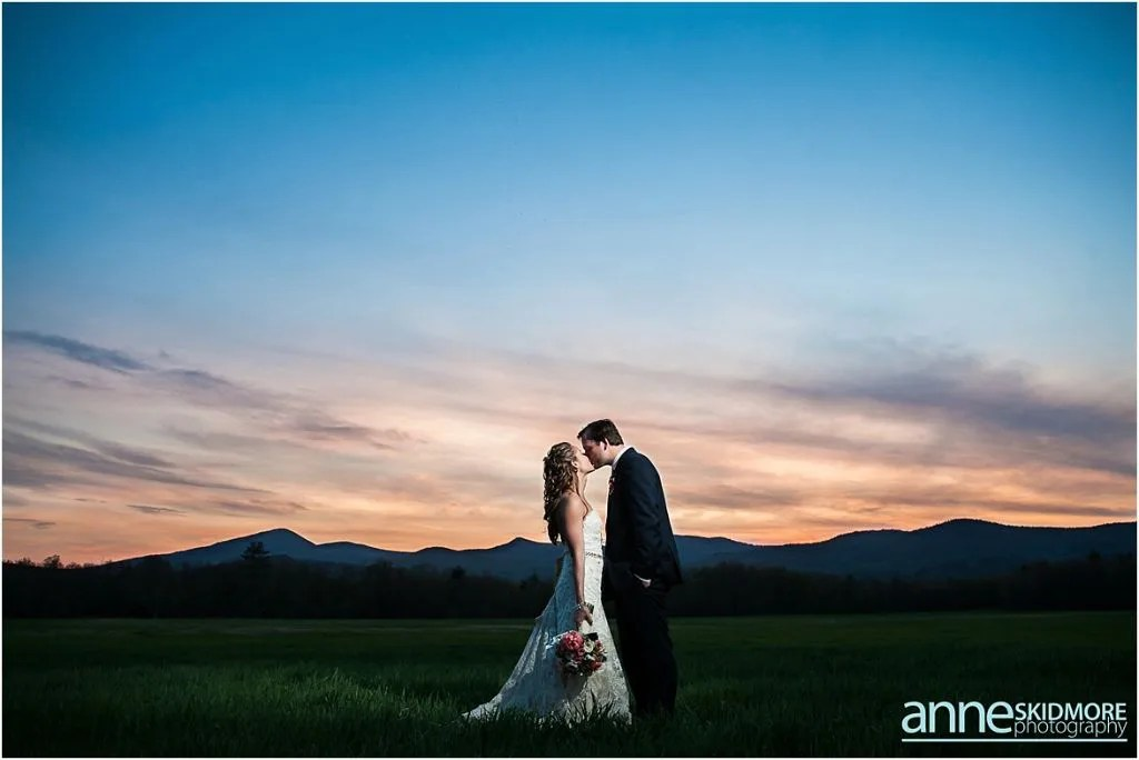Maine barn venue_hardy farm_anne skidmore photography_sunset mountains