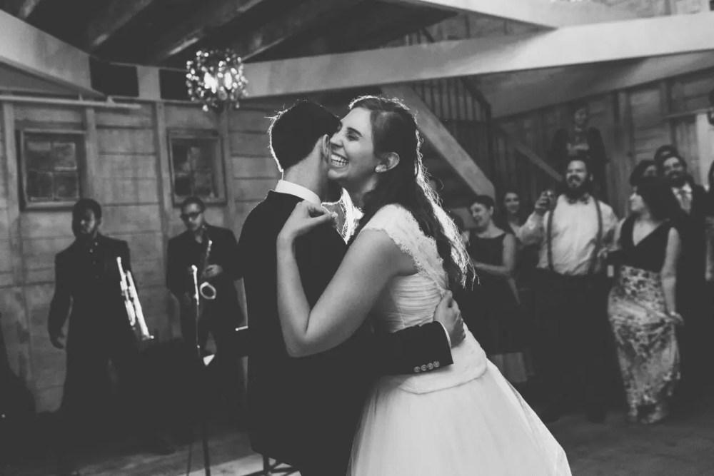 maine_wedding_venue_barn_emily_delamater_eleanorandaaron_51