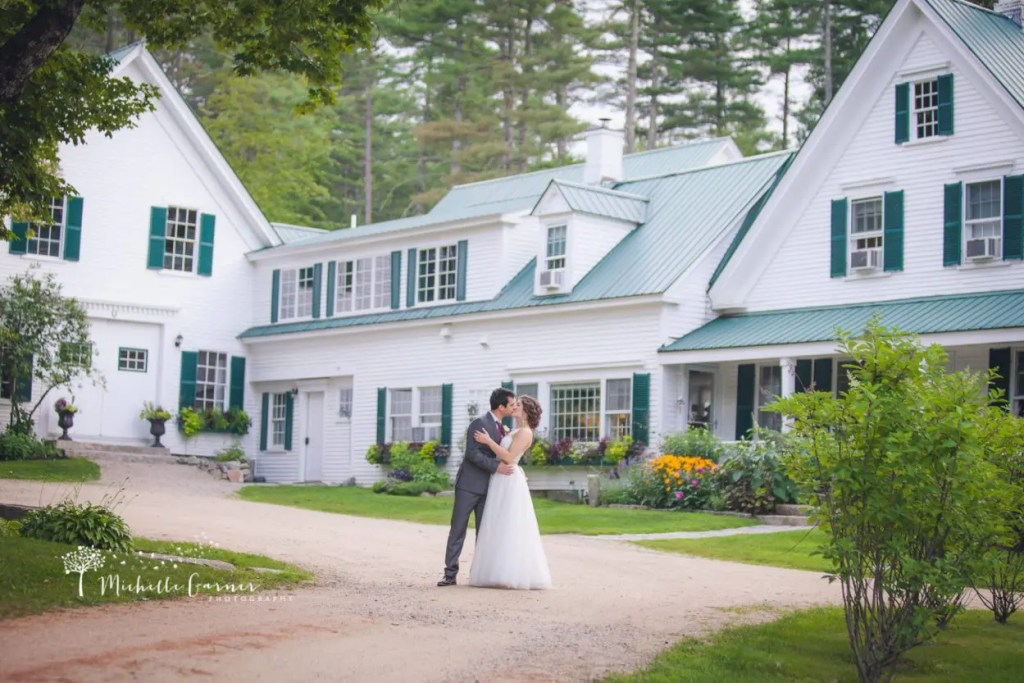 Couple kiss at Hardy Farm in Maine