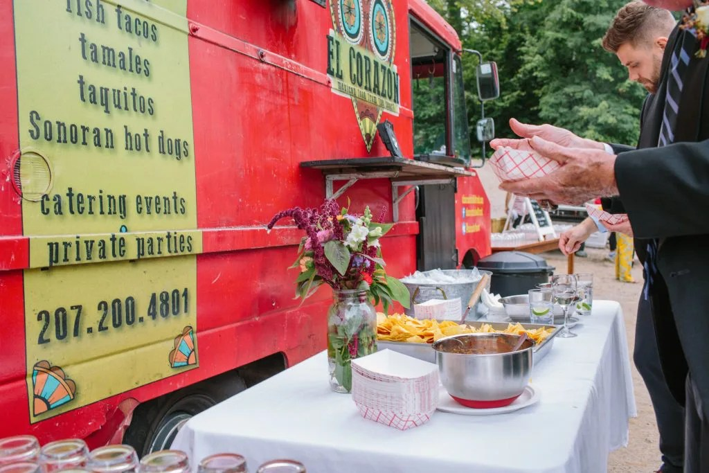 El Corazon food truck wedding set up
