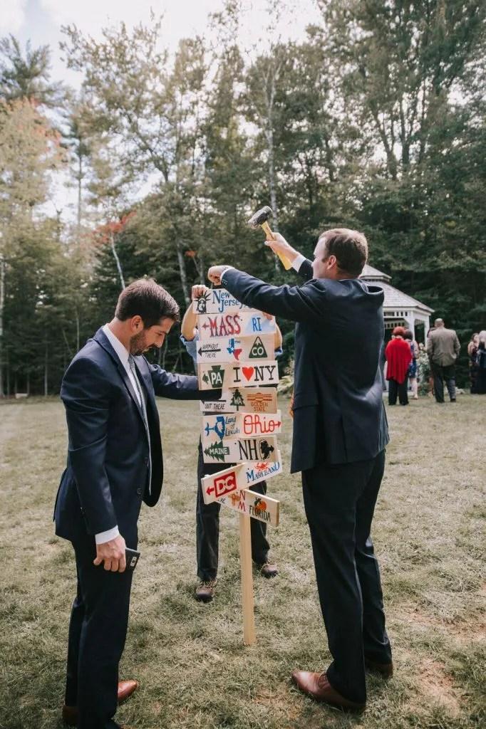 Wedding directional pole