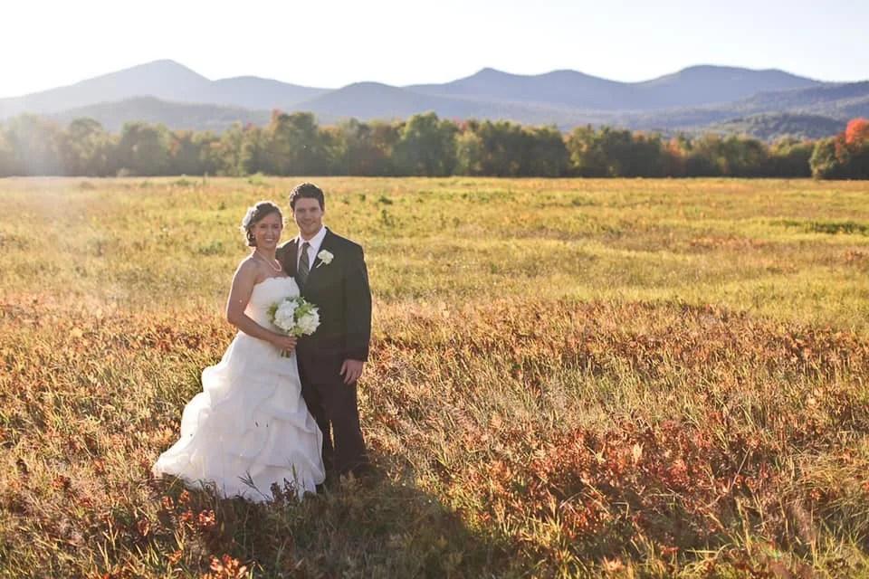 Maine wedding couple