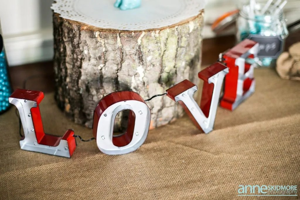 LOVE lights decoration