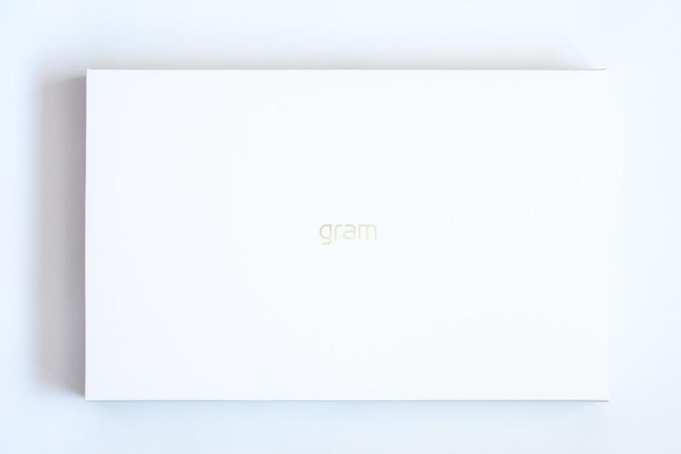 LG gram 17inch 1 2