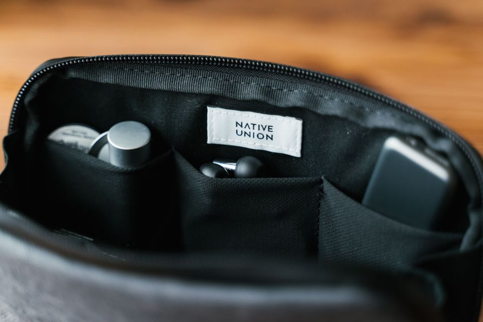 Gadget pouch2021 14