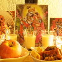 RULES TO BE FOLLOWED WHILE OFFERING FOOD TO KRISHNA