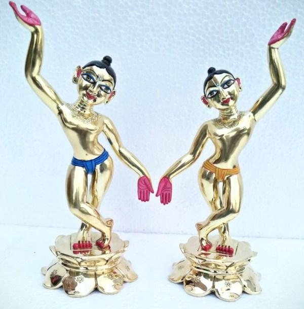 Gaura Nitai One Hand up and one hand down 8 Inches Asthadhatu metal Deity