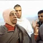 Srila Prabhupada explains Authorized and Unauthorized acaryas