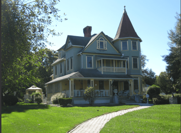 Adaptive reuse of the Baker House was recognized with a 2014 Preservation Project Award.