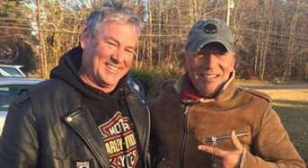 Bikers Stop to Help Stranded Motorcyclist Only to Find It's 'The Boss'