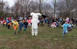 Pets, BBQ, Arts and Easter Egg Hunts