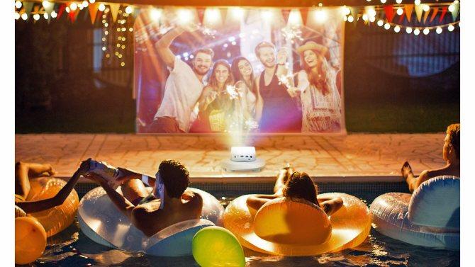 Tips to create the ultimate backyard movie night
