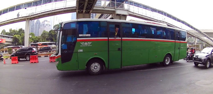 Bus Mayasari Bakti - (Youtube: INFO TRANSPORTASI INDONESIA)