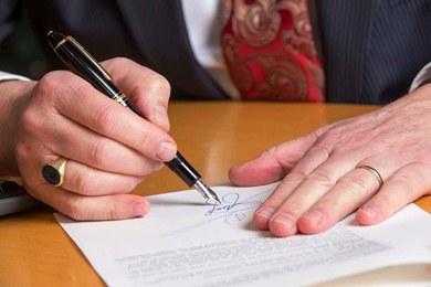 Hasil gambar untuk notaris