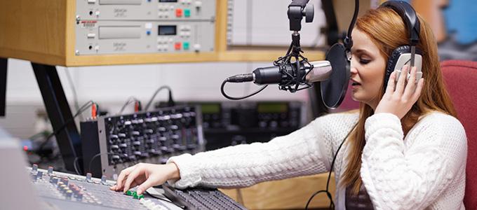 Info Terkini Tarif Iklan Radio Daftar Harga Tarif