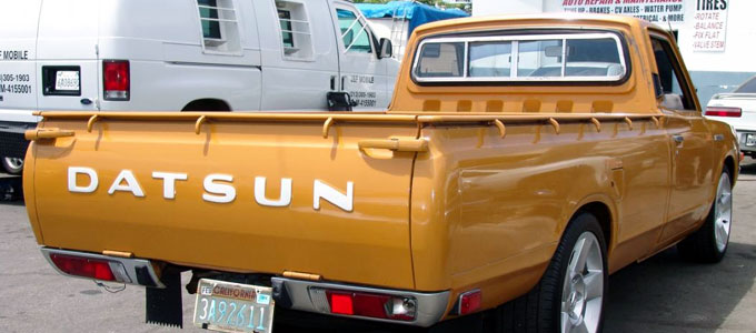 Mobil pick up Datsun (sumber: car-from-uk)