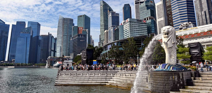 Taman Merlion, landmark terpopuler di Singapura (sumber: independent.co.uk)